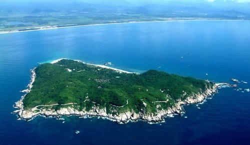 蜈支洲岛远景